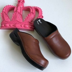 Land's End Leather Clogs